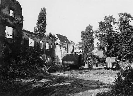 12.06.1951 Jagdschloss Rotkreuzplatz DE-