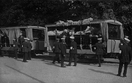 Lazarettzug-Lothstraße-1916.jpg