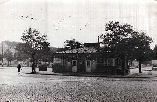 Stationshaus Romanplatz.jpg
