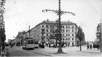 Drei vierachsige Triebwagen der Baureihe A treffen sich am Goetheplatz, 1903. Archiv FMTM e.V. münchen tram