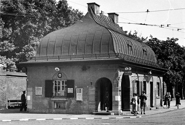 Stationshaus Ostfriedhof-Westseite-270840-VB-P40-1.jpg