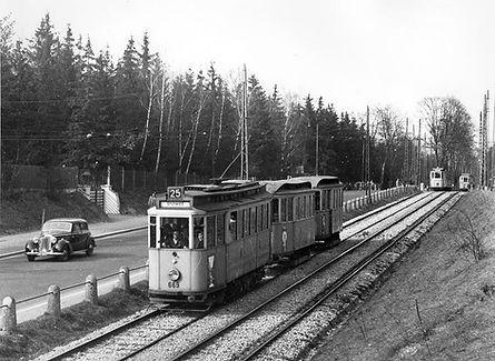 G-Tw 669 + 2 Bw kurz vor der Großhesseloher Unterführung auswärts 1952 tram münchen