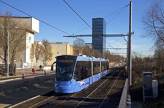 Ein Avenio auf der neuen Tram Steinhausen, 10.12.2016. münchen tram