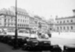 D-Tw + e-Bw am Max-Joseph-Platz  stadtauswärts 1935 münchen tram
