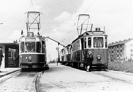 E-Tw 590 + M4-Tw 951 der Linie 9 am Gondrellplatz September 1963 tram münchen