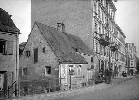 1895 Max-Weber-Platz 2- 3 DE-1992-FS-HB-