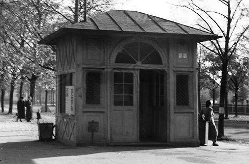 Wartehalle Waldfriedhof-xx0540-VB-L47-21