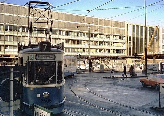 L7-113  April 1979 .jpg