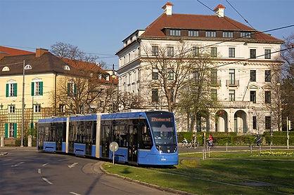 L27 Karolinenplatz.jpg