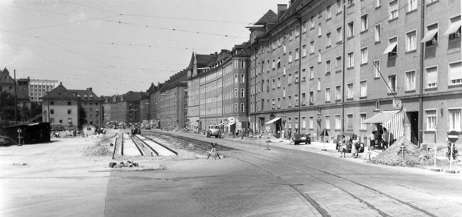 69-70-6-Einstein-Leuchtenbergstraße-240