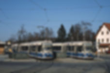 Zwei der drei Prototypen der Baureihe R 1.1 an der St.-Veit Straße im März 1992 Archiv FMTM eV. münchen tram