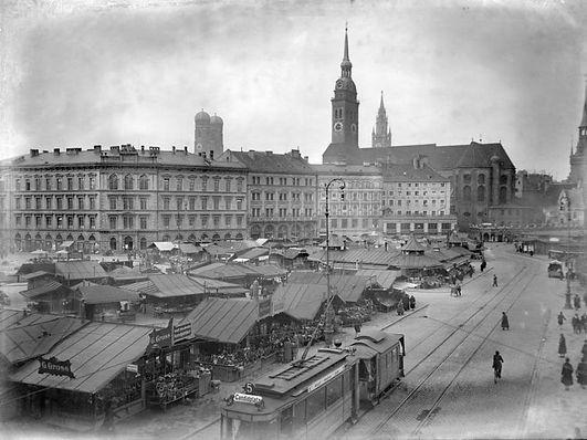 09-03-1928 Viktualienmarkt Stadtarchiv.j