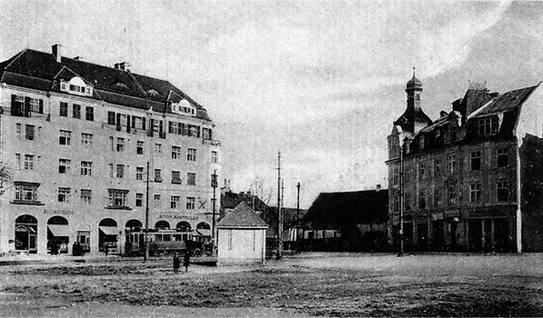 1916 Pasing Marienplatz Wartehaus.jpg