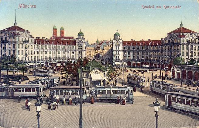 Der Karlsplatz (Stachus) im Jahr 1912. Der zentrale Platz ist damals wie heute der Trambahnknotenpunkt Münchens. Archiv FMTM e.V. münchen tram trambahn