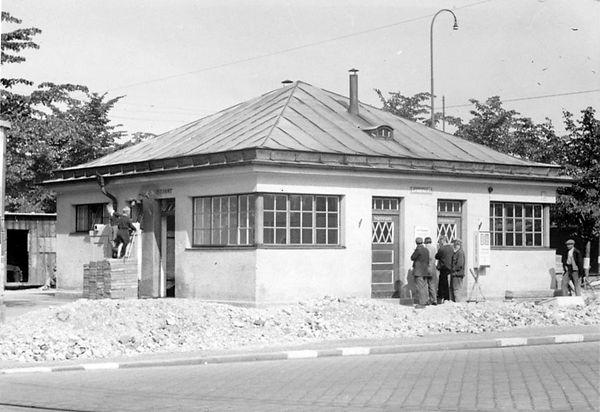 Stationshaus Leonrodplatz-Südostseite-xx0640-VB-L47-156.jpg