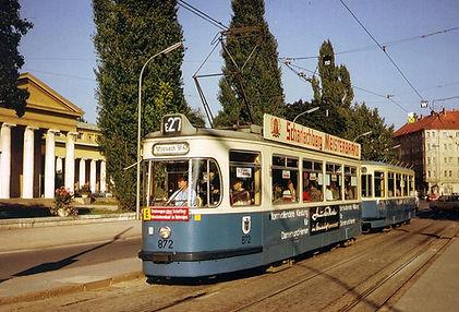 M3-Tw 872 + m3-Bw 1630 am St.-Martins-Platz einwärts 1975 tram münchen