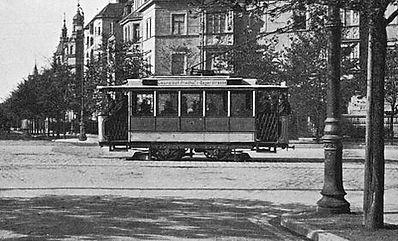 Triebwagen der Baureihe Z an der Goethestraße / Beethovenplatz im Jahr 1898 tram münchen elektrische z typ