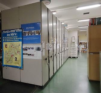 Das Archiv des FMTM umfass Fotos, Filme und Pläne, Poster und Bücher tram münchen