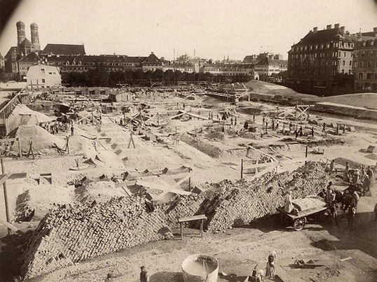 1891-09-15 Stachus Justitpalast baustell