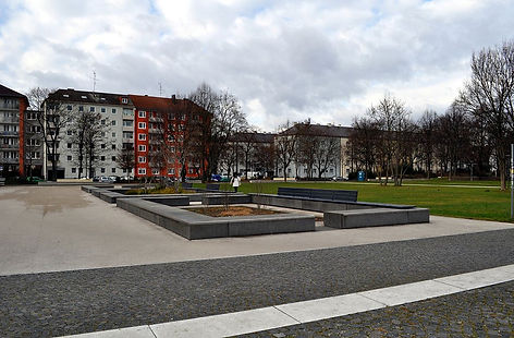 Georg-Freundorfer-Platz_Muenchen-1.JPG
