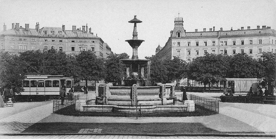 1910 Ostbahnhof Orleansplatz.jpg