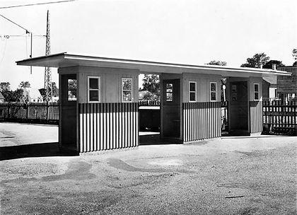 Stationshaus Grünwald-Eintrittssperre-24