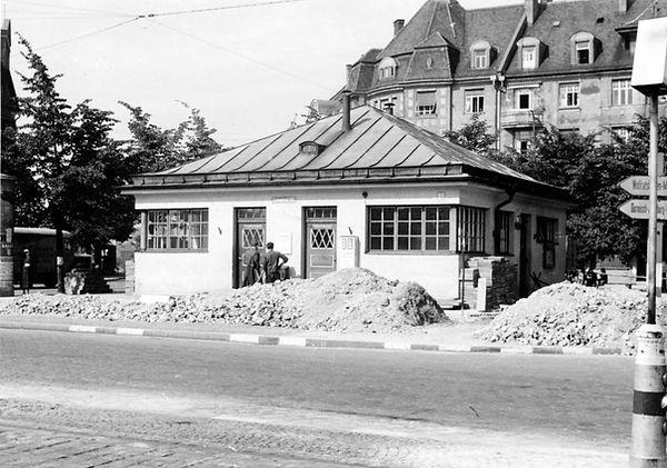Stationshaus Leonrodplatz-Nordostseite-xx0640-VB-L47-158.jpg