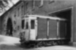 münchen tram Letzte Posttram am 21.6.1959 fährt ins Paketamt in der Wredestrasse. tram trambahn münchen fmtm