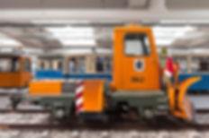 Schneepflug  Typ: sp 2.55 Betriebsnummer: 3942 bei 100 Jahre Münchner Tram 1976 münchen tram