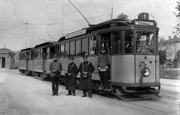 Fahrer+Schaffner-Romanplatz-1926-6.jpg