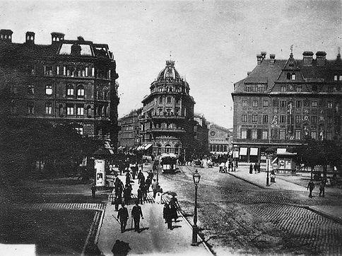 Karlsplatz 1885.jpg