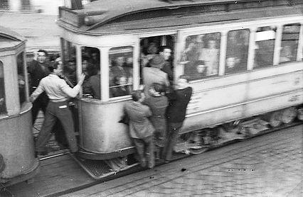 01 - STADT  (1947)  (0012.01)  Tram)  Tr