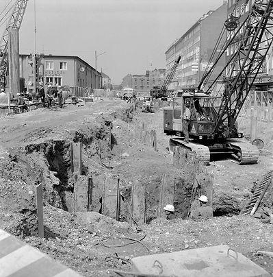 1969 bahnhofsplatz DE-1992-FS-NL-GRO-357