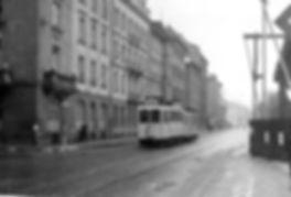 A1-Tw 310 + c-Bw in der Barer Straße auswärts 1940 München tram