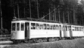 D1-Tw 512 + c-Bw in der Hinterstellanlage Großhesseloher Brücke Juni 1937 München tram