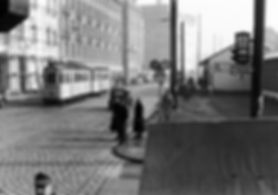 F-Tw 640 + e-Bw in der Bayerstraße Höhe Hauptbahnhof auswärts 1950 tram münchen