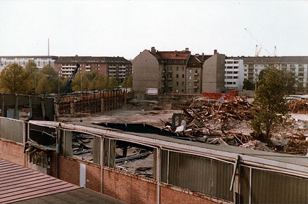 1280px-Abbrucharbeiten_Straßenbahndepot_