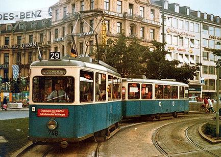 Tw 748 + Bw 1577 am Stachus 20.9.1972 münchen tram