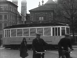 Virtuelles MVG-Museum:  Die Trambahn-Wanderbücherei