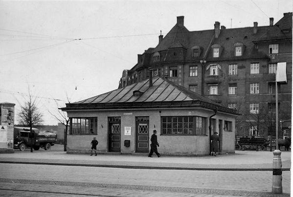 Stationshaus Leonrodplatz-Nordostseite-xxxx35-VB.jpg