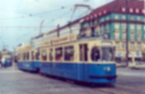 M3-Tw 2347 + m4-Bw 3420 kurz nach dem Sendlingertorplatz auswärts 25.9.1973 München tram