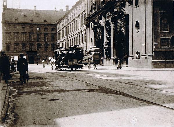 1890)  Altstadt)  Neuhauser Straße  (000