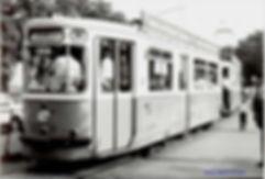 """Beiwagen 3331 (m 3.64) wartet gut gefüllt auf der """"W"""" an der Haltestelle Brausebad auf die Abfahrt münchen tram wiesn linie-W"""