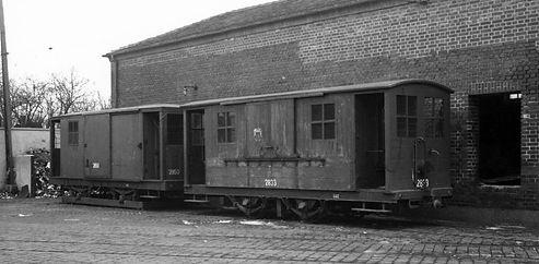 Salzwagen  Typ: s 2.46 Betriebsnummer 2833 dahinter Nr. 2850 münchen tram