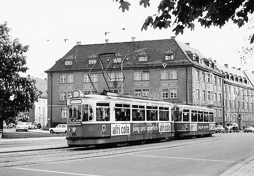 L20-M4-Tw_965m3-Bw_1668_am_Herkomerplatz