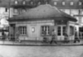 Altstadt)  Sendlinger-Tor-Platz  (1955)