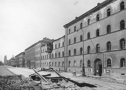 31-07-1944 Ludwigstrasse Stadtarchiv.jpg