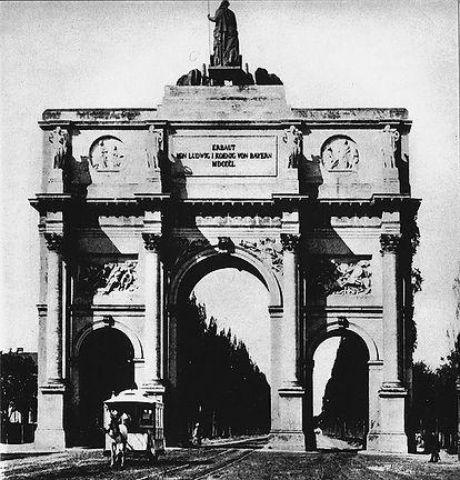 1880 Siegestor.jpg
