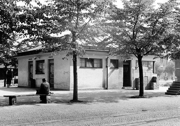 Stationshaus Leonrodplatz-Südwestseite-xx0640-VB-L47-157.jpg