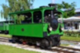 Die Dampfloks der Chiemseebahn sindwenig jünger wie die Münchner Dampftram-Loks und recht ähnlich münchen tram
